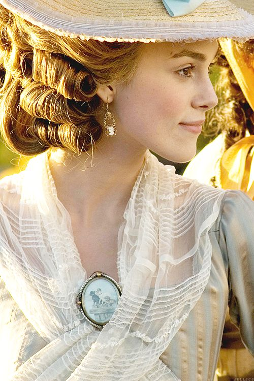 Keira Knightley as Georgiana, Duchess of Devonshire in 'The Duchess', 2008. Costume Design by Michael O'Connor, who won the Academy Award and BAFTA Award for Best Costume Design.