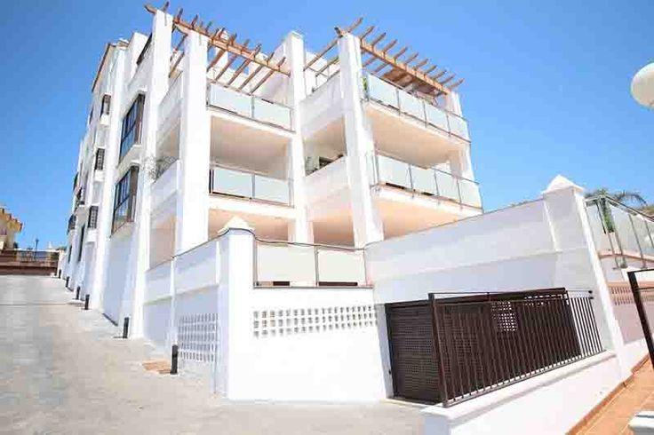 Ático en venta en: Torre del Mar Ático en venta en: Torre del Mar – Málaga – Andalucía – España – CP.29740 M² útil: 106m² M² construido: 214m² Precio: 340.000€ Continue Reading →