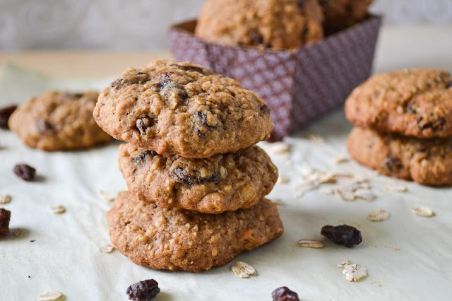 Plump Old Fashioned Oatmeal Raisin Cookies made with no white sugar