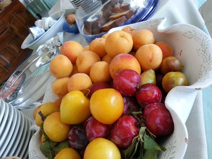 Snapshot della nostra colazione di stamane... #ischia #iloveischia #breakfast