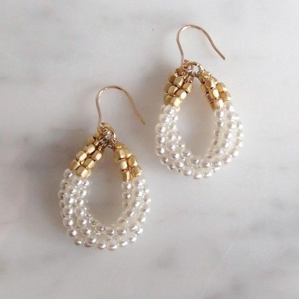プチパールの4連ドロップピアス K14gfフック 14gold foil hook, petite pearl drop earrings. handmade in Japan.