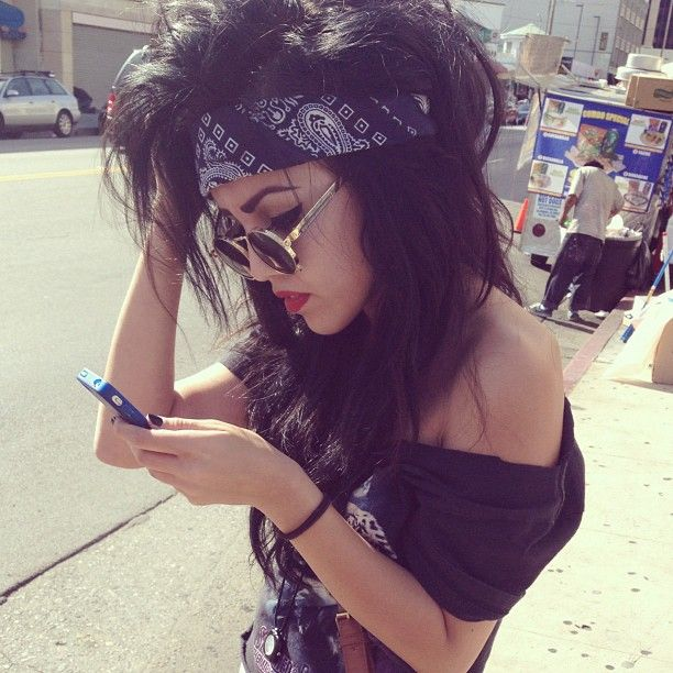 Cool hair bandana look for Halloween rocker chick