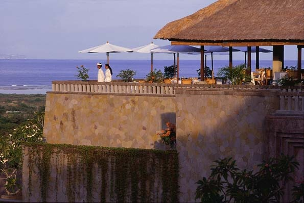 Terrace restaurant at Amanusa overlooking the Indian Ocean and Nusa Dua. Designed by Kerry Hill, interiors by Dale Keller (1992).