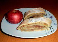 Křehký jablečný štrůdl