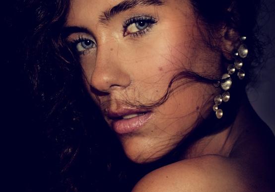 Photo & Retouch: ECL  Hair & Makeup: Johanna Stake  Styling: Johanna Stake & ECL  Model: Emma Mattsson  Jewerly: Vita by Daniella