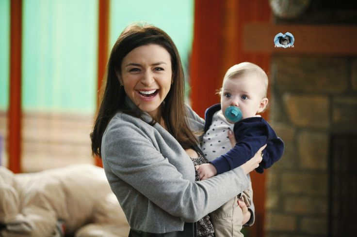 Grey's Anatomy: Amelia está de volta!