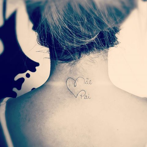 #tattoo #tatuagem #feminina #electricink #delicada #coração #pai #mae #nuca #homenagem