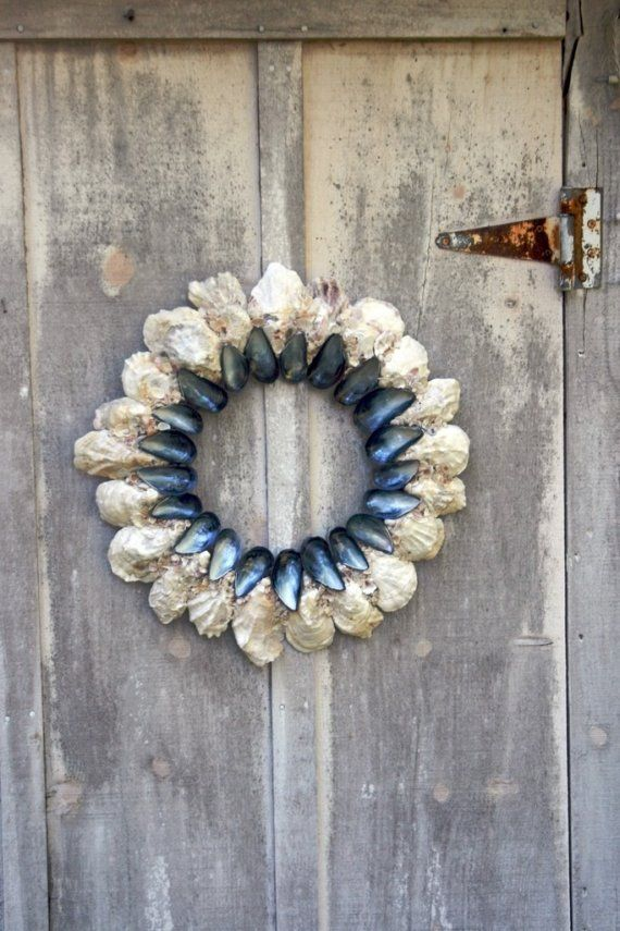 mussel and oyster shell wreath: Shell Art, Beach House, Mussel Shells Crafts, Shell Wreaths, Oyster Shells Crafts, Oystershells, Seashell, Oystershell Crafts, Diy Oyster Shell Crafts