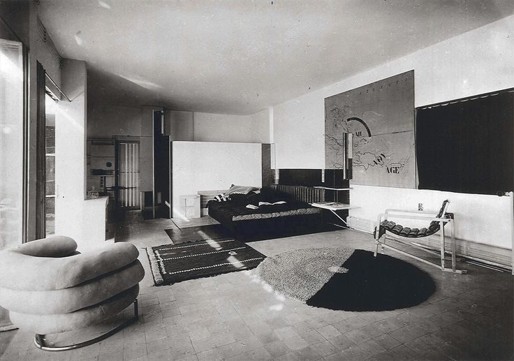 Eileen Gray's living room in e1027, Roquebrune-Cap Martin, 1926-1929 (Photo from L'Architecture Vivante, c. 1929)