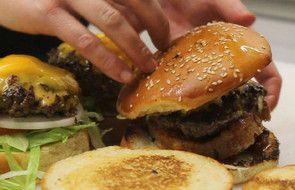 Le Camion qui Fume, burgers et frites, Paris © Olivier Chamussy
