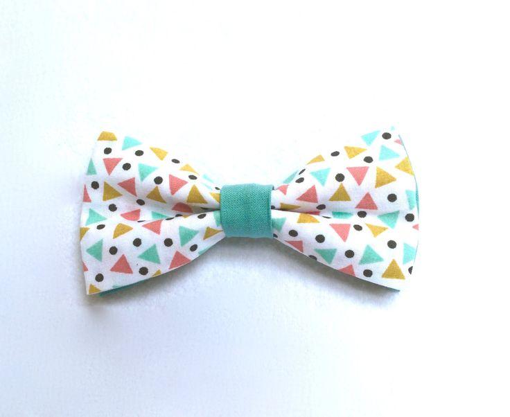 Noeuds papillon pour chien - 100% Coton - Motifs : petits triangles et pois. Mariage / Anniversaire / Fête / ... de la boutique LaCoussinerieFrance sur Etsy