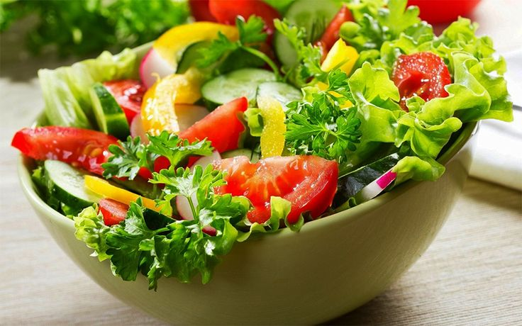 If you are an avid salad lover, you should try some at The Lounge from a variety of vegetarian and non-vegetarian options. To book a table at The Lounge, Call +91 20 4018 8444