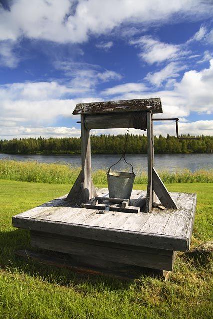 well in front of Torneälv, Norrbotten, Sweden | Håkan Hjort via Johnér