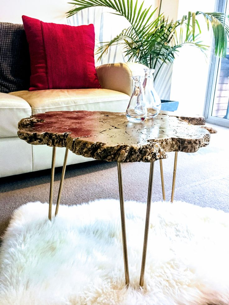 Eccentric coffee table handcrafted with a Red-Gum slab and hairpin legs from @fab.signature.