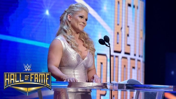 Beth Phoenix offers a Rated-R tribute to Edge: WWE Hall of Fame 2017 (WWE Network Exclusive) - YouTube