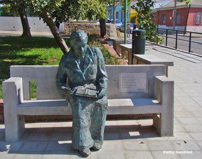 Gabriela Mistral in Statue Square Poets. Cerro Bellavista, Valparaiso. Chile.