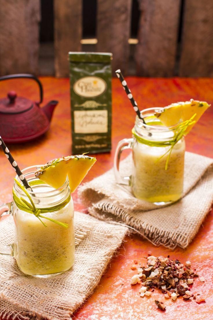 Mrożone smoothie z ananasem i herbatą Cytrusowa Pokusa  #ananas #smoothie #lod #ice #pineapple #healthyfood #herbata #tea #czasnaherbate #zawszeznajdeczasnaherbate #przepis #pycha #delicious #food #good #recipe #foodporn #omnomnom #yummi #tasty #photooftheday #pickoftheday #summer #lato #recipes #ideas #time #afternoon