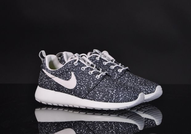 finest selection 813d7 ad741 ... nike womens roshe run speckles gamma grey black 2013 .. ...