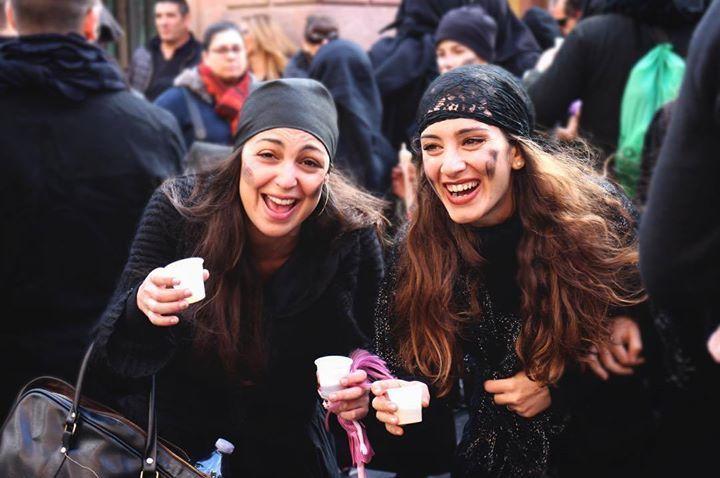 by http://ift.tt/1OJSkeg - Sardegna turismo by italylandscape.com #traveloffers #holiday | Sattittidu è arrivato il martedì grasso è infatti levento più atteso dai bosani. Sattittidu è il giorno del lutto per il carnevale che finisce ma è anche il carnevale dellallegria e dei sorrisi nel vedere le tante allusioni sessuali e le grottesche bambole che le maschere vestite di nero portano con sé. La bambola è la figlia trascurata dalla madre durante i tanti festeggiamenti del carnevale e che ha…