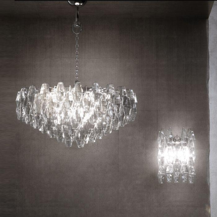 """""""Esprit"""", un'esplosione di fiori e stelle in vetro soffiato e lavorato a mano per illuminare, …"""