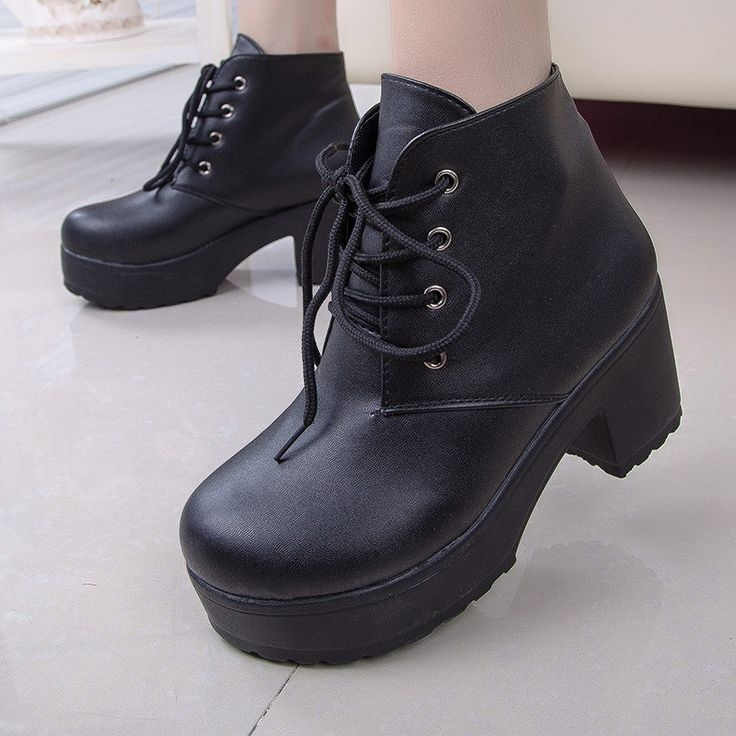 12.04$  Buy now - http://alibti.shopchina.info/go.php?t=32699545359 - Hot Spring 2016 new special cross straps heavy-bottomed muffin high-heeled boots Martin punk boots rough with women's boots  #buyininternet