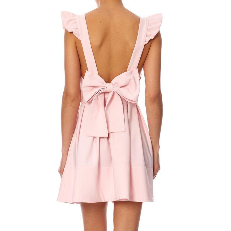 Cette robe à la coupe idéale est pleine d'imagination grâce à ses bretelles complètement ajustable que l'on peut régler en croisé ou droit au rythme de ses envies.  Elle peut être portée pour toutes les occasions.