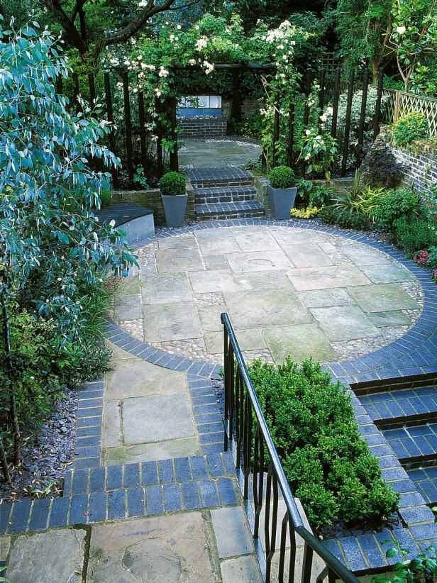 create blocks of soft or hard landscaping in your garden by adding circles squares or rectangles to the design see how with this photo gallery from hgtv