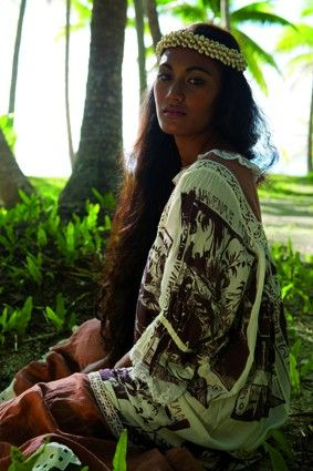 Feminity, tahitian way 2