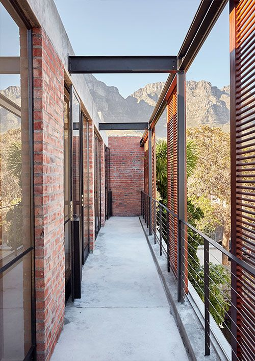 Brick and concrete house by Beattyvermeiren architects, South Africa, balcony