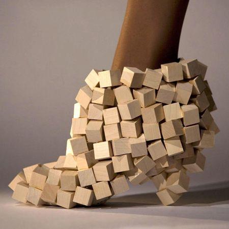 zapatos raros y extravagantes , cuadros de madera