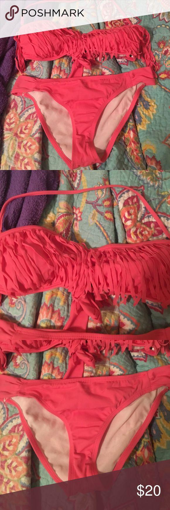 Guess Fringe Bikini Hot pink fridge bikini by Guess. Worn twice. Size M. Guess Swim Bikinis