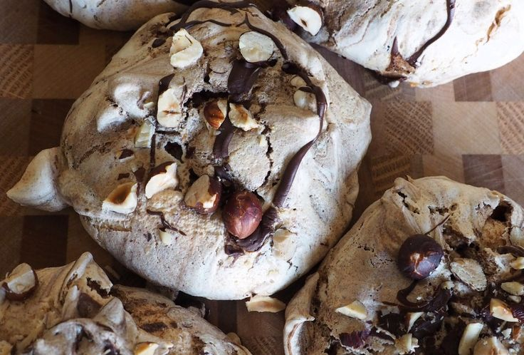 chocolate hazelnut meringues