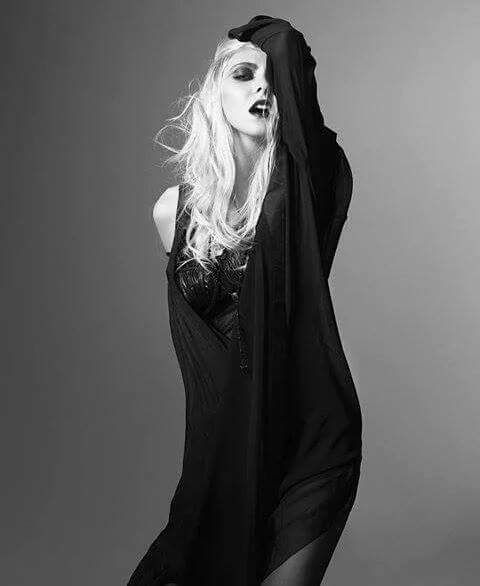 Posts taylor momsen and taylors on pinterest
