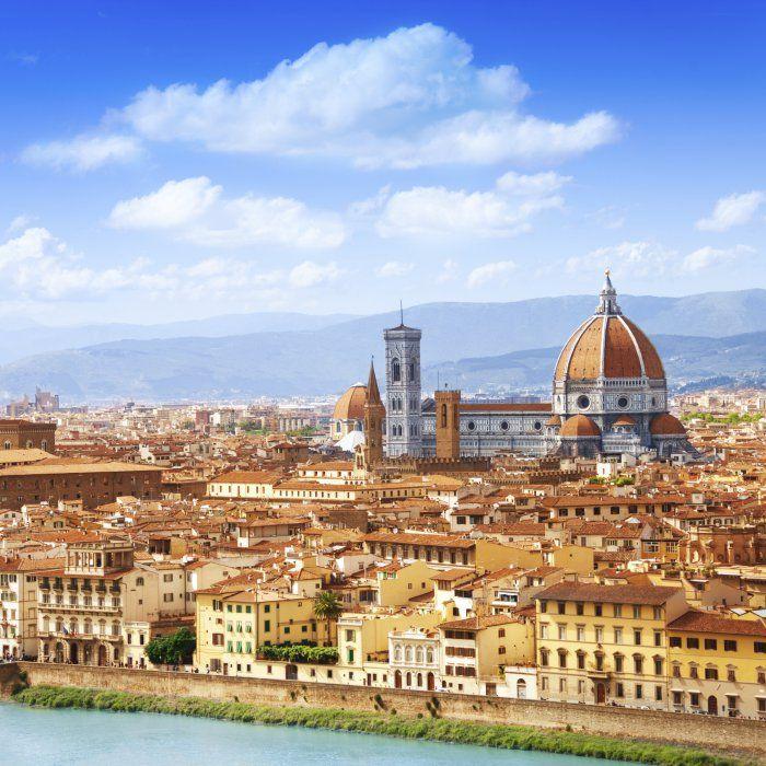 Du erkundest viel lieber neue spannende Städte als faul am Strand zu liegen? Dann ist Florenz genau das Richtige für …