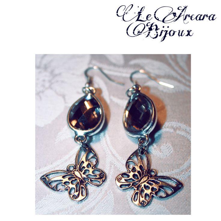 orecchini pendenti con connettore a goccia e farfalla www.facebook.com/le.arcarabijoux