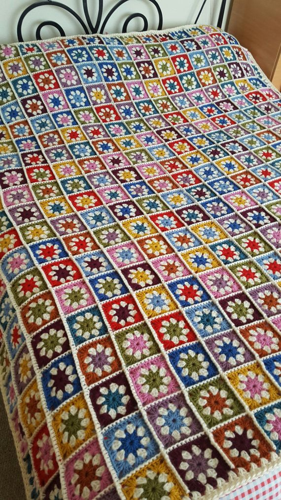 Check out this item in my Etsy shop https://www.etsy.com/uk/listing/457748048/pure-wool-granny-squares-daisy-blanket
