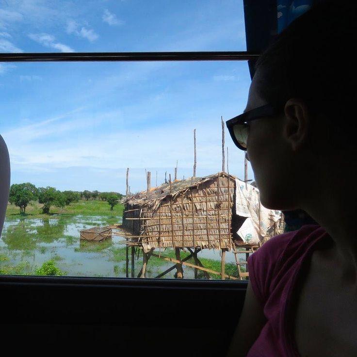 È difficile lasciare la Cambogia... impossibile resistere al desiderio tornarci! Scopri i nostri tour su cambogiaviaggi.com  #cambodianvibes #goodvibes #estate2017 #viaggio #tour #sudestasiatico #cambogia #viaggiare #tonlesap #floating #cambogiaviaggi #touroperator #viaggiodigruppo #turismoresponsabile #turismosostenibile #travelgram #wanderlust #incontroautentico new pics on Instagram