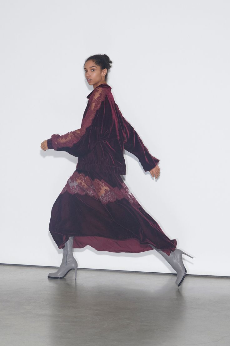 Stella McCartney Pre-Fall 2018 Fashion Show Collection