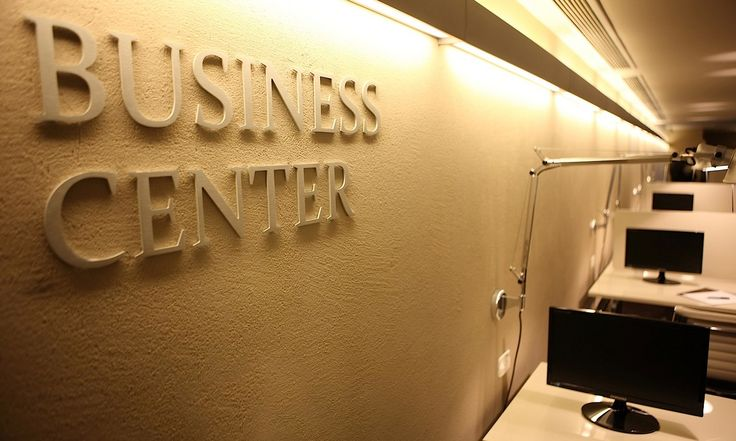Business Centre offers conference rooms, conference room, virtual offices, ... training rooms, conferencing destination, instant offices in  delhi India. http://business-centre-delhi.blogspot.in/