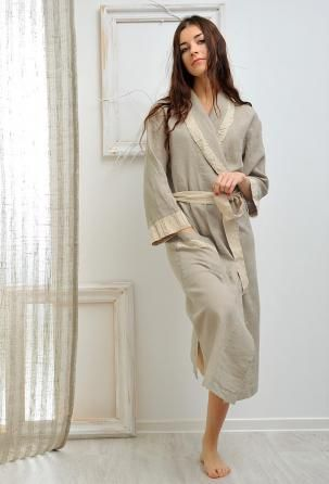 "Bathrobe ""Barbara"" The linen robe ""Barbara"" makes a fancy gift for someone special, perhaps even yourself!"
