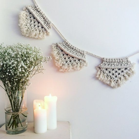 Macrame bunting || Natural cotton + Gold || Boho wedding, nursery, babyshower, hens hanging flags decoration