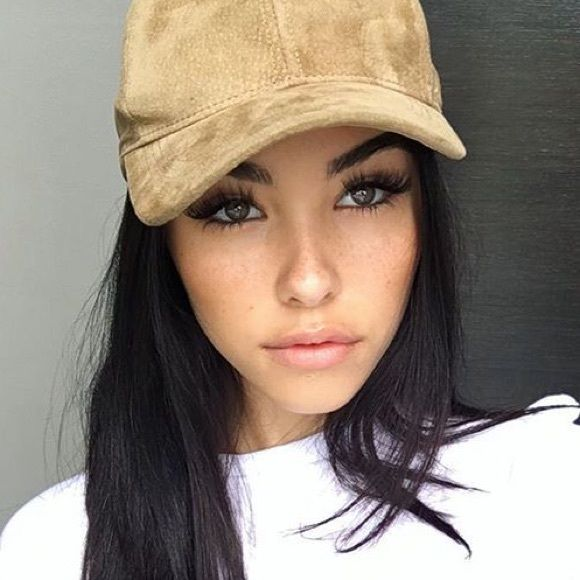Brown Real Leather baseball cap As seen on Kylie Jenner and Madison beer. Super cute and versatile. Genuine leather baseball cap. Comes in brown only Brandy Melville Accessories Hats
