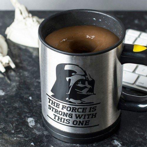 Eine Selbstrührende Star Wars Tasse Ist Nicht Nur Praktisch, Sondern Auch  Richtig Cool. Rühren