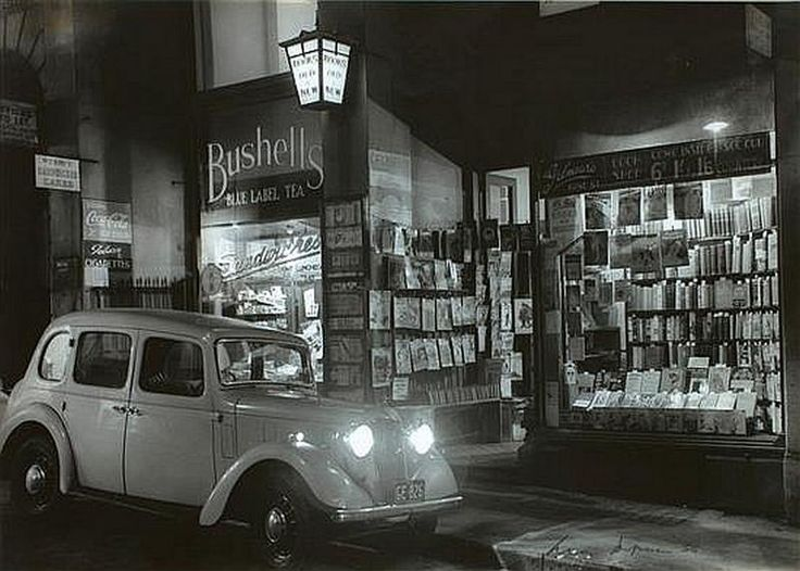 Gilmore's Bookshop in 1936 ~  Sydney by Max Dupain