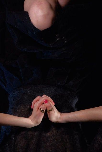 photo: gianluca widmer starring: anara bayanova jewels: natsuko toyofuku #modeling #jewelry #bijoux #gioielli #schmuck #silver #silber #argento #argent #bronze #beauty #addictedtojewelry #addictedtophotography #fahionaddicted #fahionblogger #blogger #stagelightning #lightning #light #photography #photographie #fotografie #schmuckfotografie