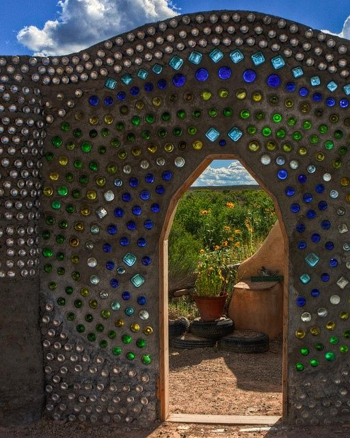 Earthship Wall made of recycled glass