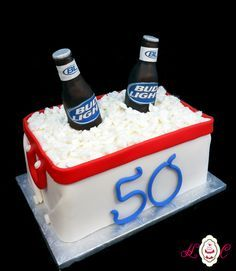 Bud+Light+Beer+Cooler+Cake+Everything+Edible+Heavenly+Confections++cakepins.com