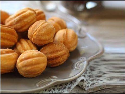 Ecco qui a grande richiesta la ricetta delle Noci dolci,le possibilità delle farciture sono infinite,possono essere dolci ma anche salate! ingredienti: 200 g...