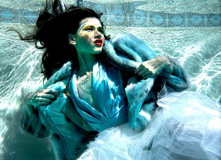 Desiree Rafferty underwater