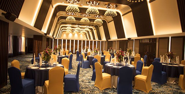 One Of The Best Wedding Hotels In Indore Wow Hotel Has Banquet Halls And Conference Halls In Indore That Are Ideal For Birt Banquet Hall Conference Hall Hotel